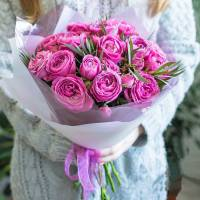 Букет 11 кустовых пионовидных розовых роз R431